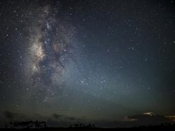 Milky_Way_Moon_Shine