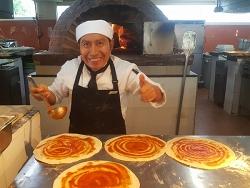 Pizza Maker in Cozumel